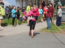 <a href='/uploaded/photo/trail-2015-arrivees-et-podiums-557aca10b1887.jpg' style='color : #fff;'>(Télécharger)</a>