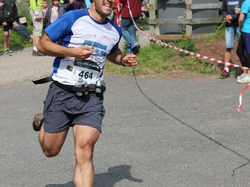 <a href='/uploaded/photo/trail-2015-arrivees-et-podiums-557aca8562fb5.jpg' style='color : #fff;'>(Télécharger)</a>