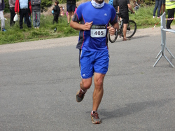 <a href='/uploaded/photo/trail-2015-arrivees-et-podiums-557ace4b9eded.jpg' style='color : #fff;'>(Télécharger)</a>