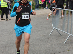 <a href='/uploaded/photo/trail-2015-arrivees-et-podiums-5584293b08276.jpg' style='color : #fff;'>(Télécharger)</a>