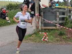 <a href='/uploaded/photo/trail-2015-arrivees-et-podiums-5584301fd05b7.jpg' style='color : #fff;'>(Télécharger)</a>