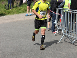 <a href='/uploaded/photo/trail-2015-arrivees-et-podiums-559f679112e98.jpg' style='color : #fff;'>(Télécharger)</a>
