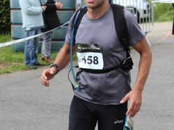 <a href='/uploaded/photo/trail-2015-arrivees-et-podiums-559f6a79913b4.jpg' style='color : #fff;'>(Télécharger)</a>