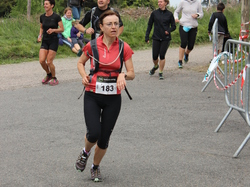 <a href='/uploaded/photo/trail-2015-arrivees-et-podiums-559f6b7c5ac3b.jpg' style='color : #fff;'>(Télécharger)</a>
