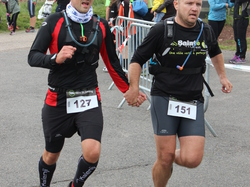 <a href='/uploaded/photo/trail-2015-arrivees-et-podiums-559f6c6f6acb7.jpg' style='color : #fff;'>(Télécharger)</a>