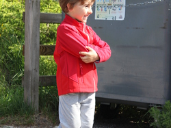 <a href='/uploaded/photo/trail-2015-courses-enfants-557a831adc573.jpg' style='color : #fff;'>(Télécharger)</a>