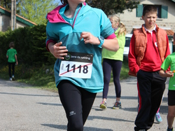 <a href='/uploaded/photo/trail-2015-courses-enfants-557a8cc4aa309.jpg' style='color : #fff;'>(Télécharger)</a>